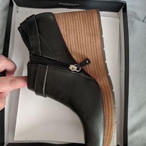 Black Wedge Zip Up Bootie Fall Boots
